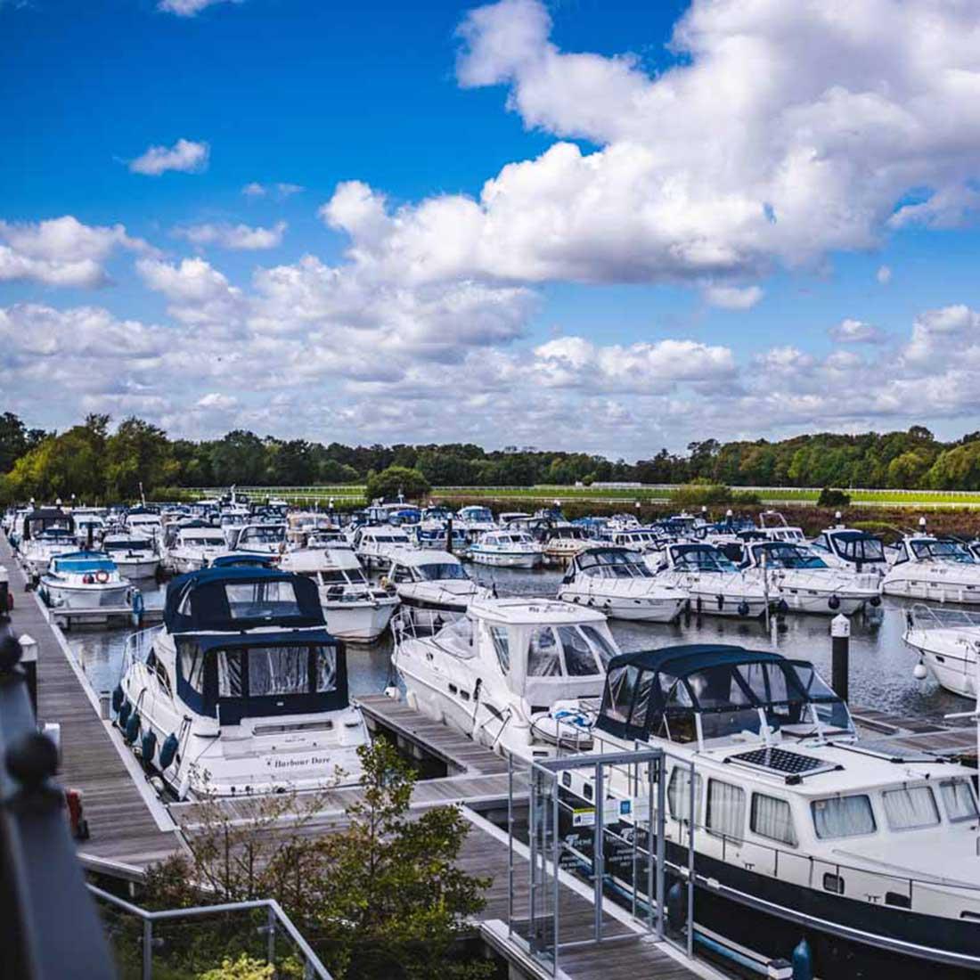 Racecourse Marina Windsor